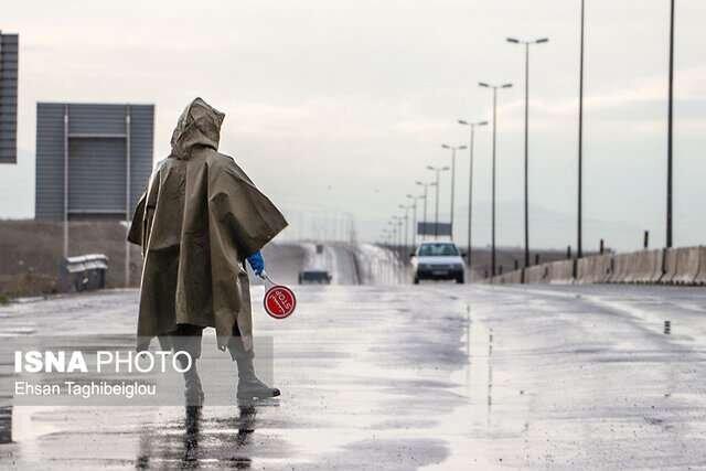 استقرار 71 پست ایست و بازرسی پلیس در مبادی ورودی و خروجی شهرستان های آذربایجان شرقی