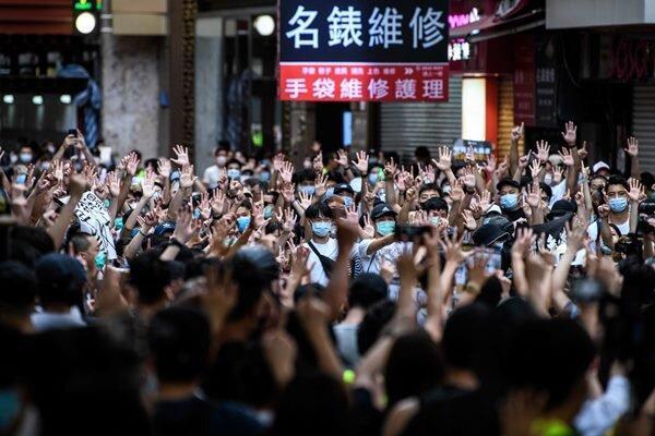 چین به انگلیس در خصوص مداخله در امور داخلی خود هشدار داد