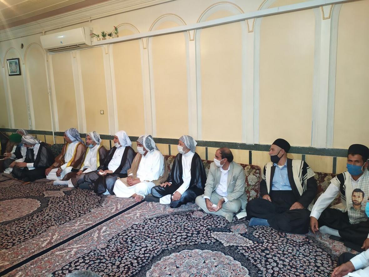خبرنگاران همدردی شیوخ و سادات دشت آزادگان با خانواده شهید ایذه ای مدافع وطن