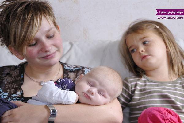 حسادت در بچه ها را پس از تولد نوزاد چگونه کنترل کنیم؟