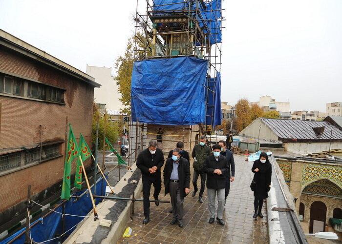 بازدید عضو شورای اسلامی شهر از فرایند بازسازی اماکن و خانه های تاریخی حصار ناصری