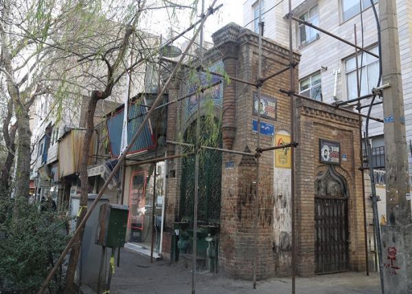 بازسازی سقاخانه 110 ساله عزیز محمد در محدوده حصار ناصری آغاز شد