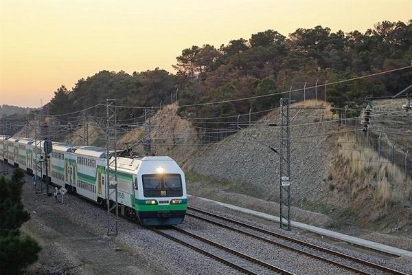 جلوگیری از واژگونی قطار مترو کرج ـ تهران با هوشیاری مأموران پلیس