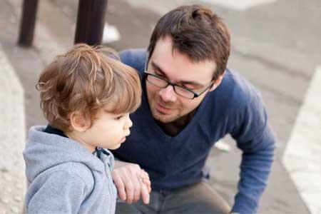 اهمیت ارتباط کلامی والدین و کودک
