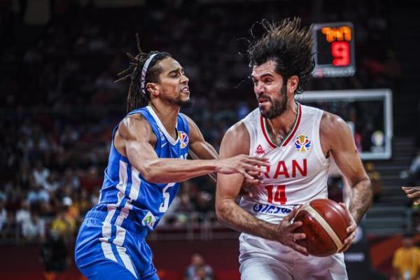محنایی: بسکتبال ایران در المپیک از پیش بازنده نیست