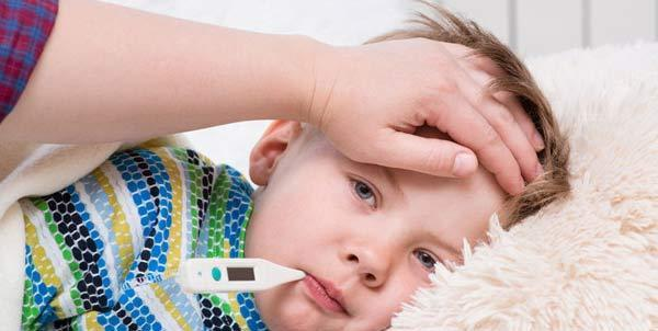 راه های درمان خانگی سرفه و سرماخوردگی بچه ها