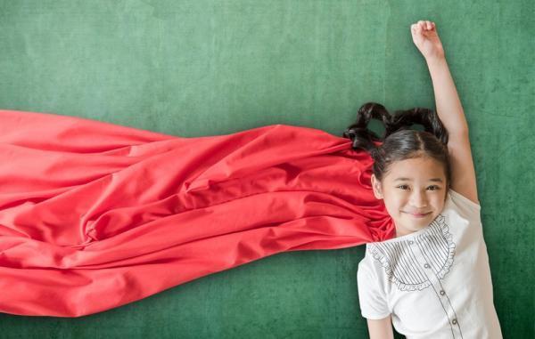 6 نکته برای تربیت دخترانی با اعتمادبه نفس بالا