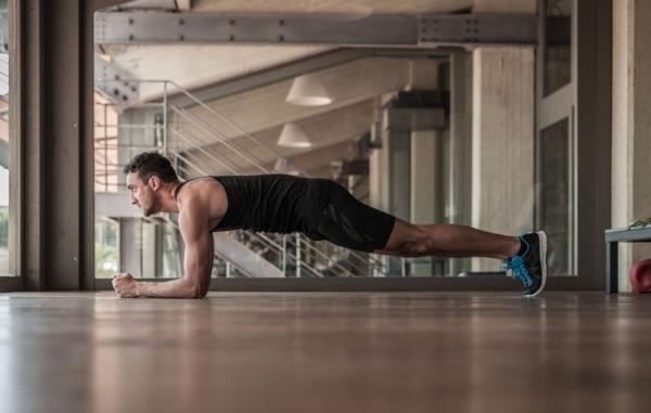 حرکت پلانک چیست و برای تقویت ماهیچه های شکم چه فوایدی دارد؟